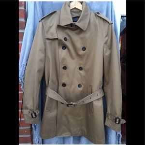 Brand new with tag banana republic trench coat L